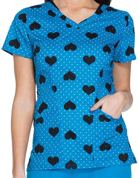 HeartSoul Real Wild One Womens All Love A Sudden V-Neck Top