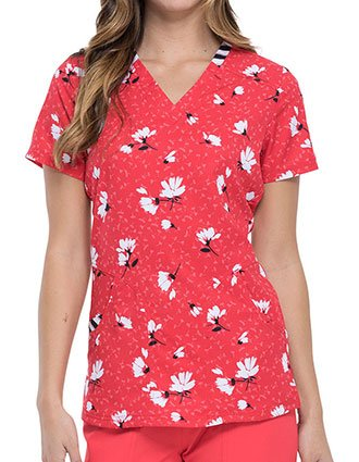 Elle Women's Dance With Me Daisy Prints Scrub Top