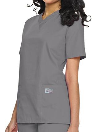 Landau ScrubZone Women's Double Pocket V-Neck Nursing Top