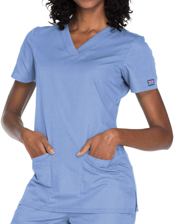 Cherokee Workwear Women's Contemporary Fit V-neck Top