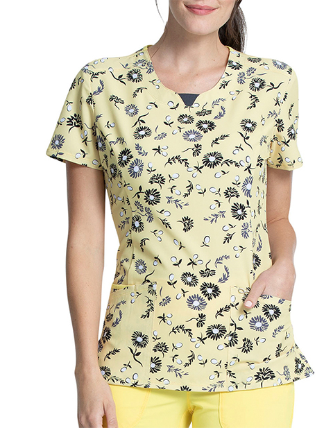 Cherokee Women's Daisies For Days Printed Round Neck Top