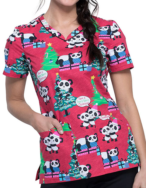 Cherokee Women's Beary Merry Pandas Print V-Neck Top