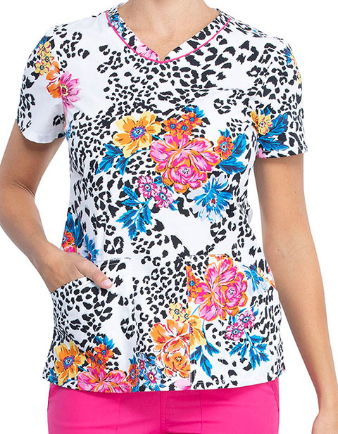 Cherokee Women's Leopard Bloom Print V-Neck Top